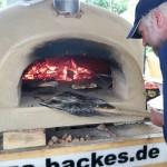 Im Zeltlager wurde eigens ein Pizzaofen aufgestellt